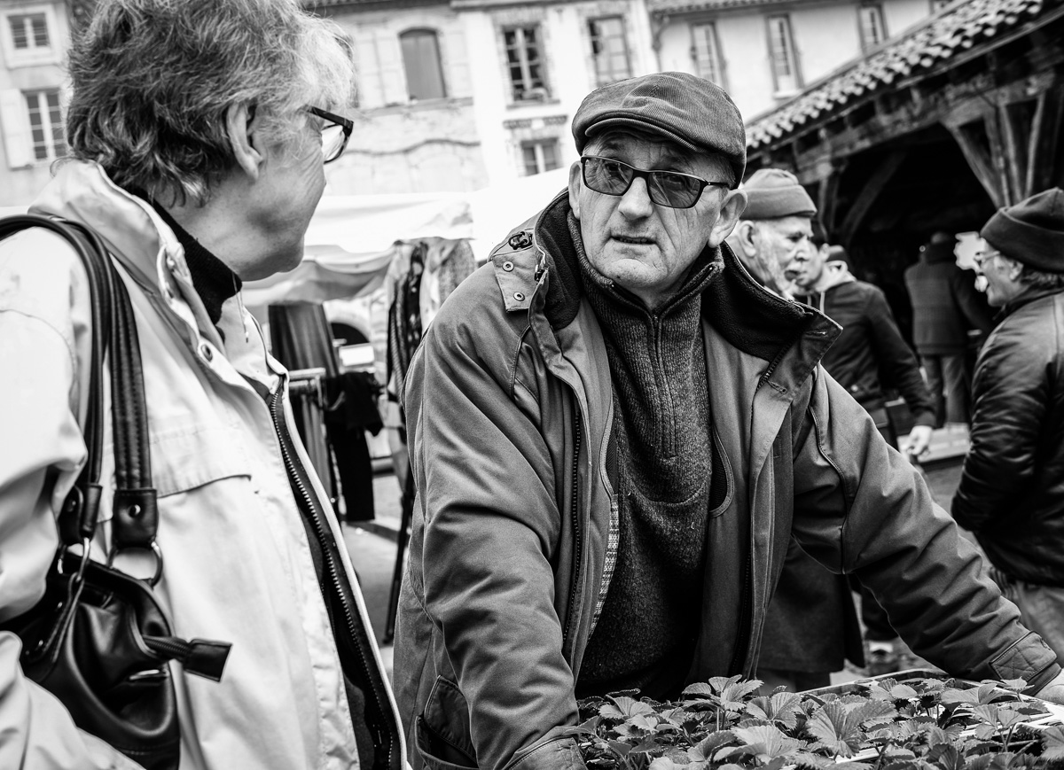 Saturday Market, Revel