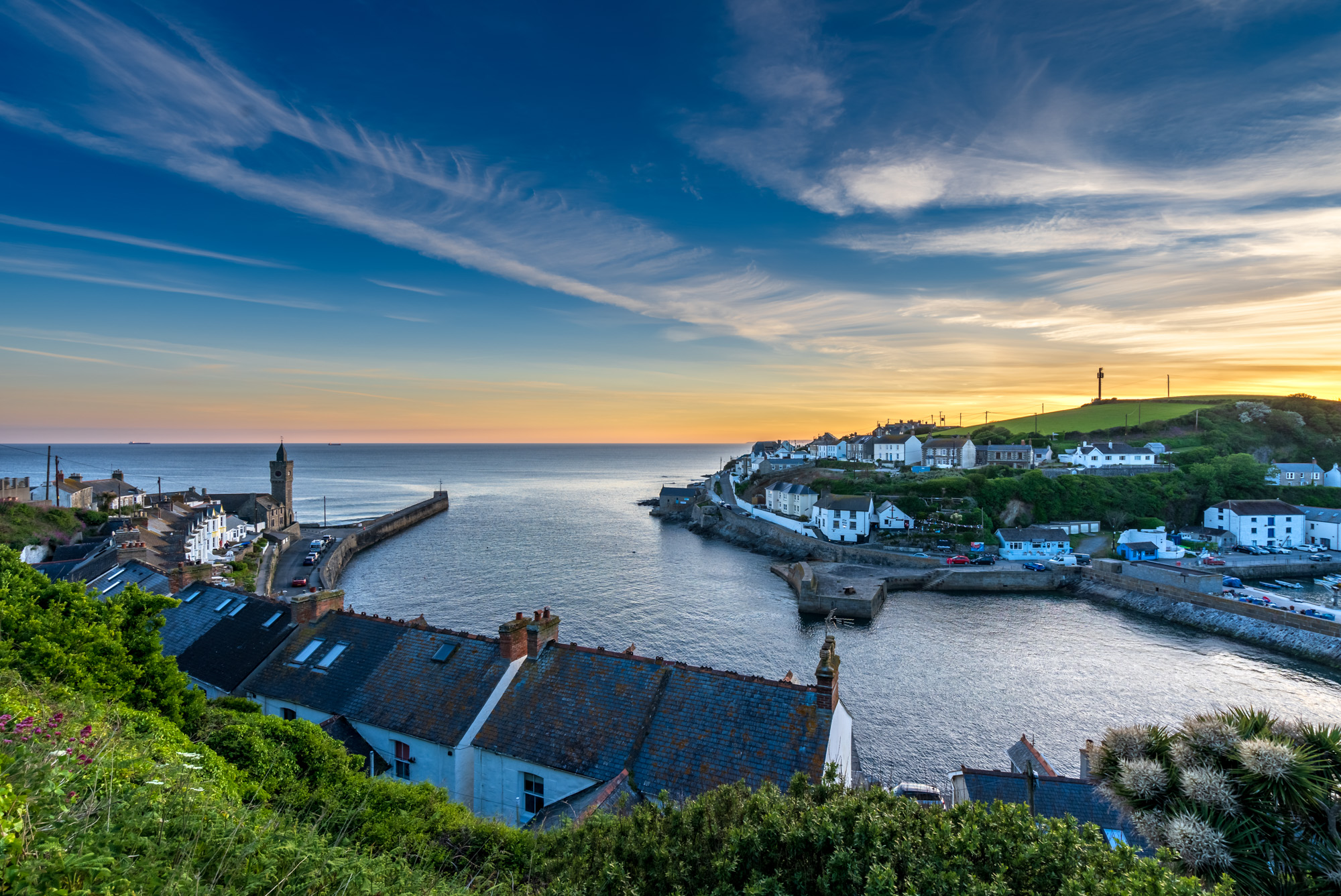 Porthleven sunset (2)